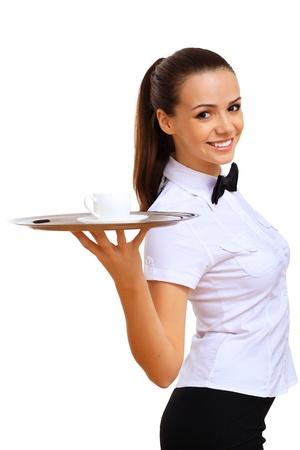 mesero: Una joven mesera en una blusa blanca con una bandeja en la mano