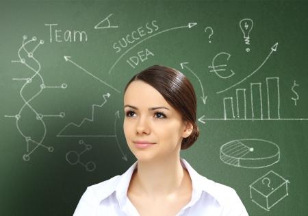 ötletroham: Üzletember ötletekkel mint szimbólum az üzleti kreativitás
