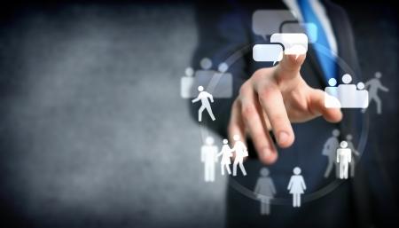 kommunikation: Business-Treffen in einem virtuellen Raum konzeptionelle Business Illustration Lizenzfreie Bilder