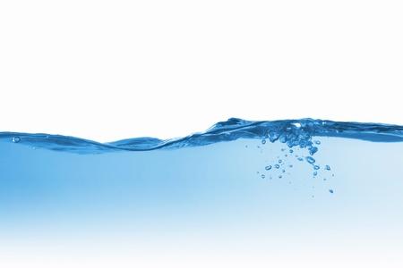 agua: Limpie salpicaduras de agua azul en la ilustraci?n de fondo blanco