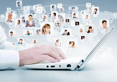 Symbole du r�seau social avec des images de personnes