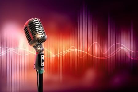 Micrófono retro solo contra el fondo colorido con las luces