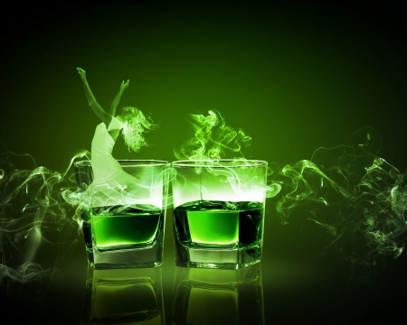 ajenjo: Dos vasos de absenta con hada verde