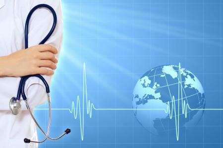 Ilustración con el fondo médico que tiene latidos del corazón, el médico y el estetoscopio