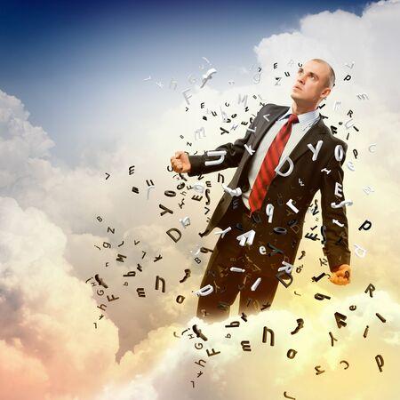 amok: Obraz młodego biznesmena w gniewie przeciwko tle ilustracji