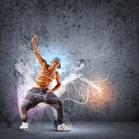 bailarin: hombre joven en una tapa azul hip hop dancing - collage Foto de archivo