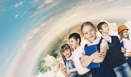 niños estudiando: Imagen de los niños de profesión Elegir edad escolar
