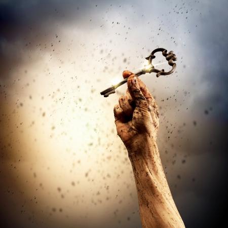 인간의 손 투쟁과 성공의 열쇠 스톡 콘텐츠