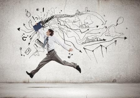 시작: 스케치 배경에 점프 사업가의 이미지