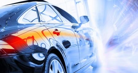 Vue arrière de l'automobile dans le salon de vente Banque d'images - 23436059