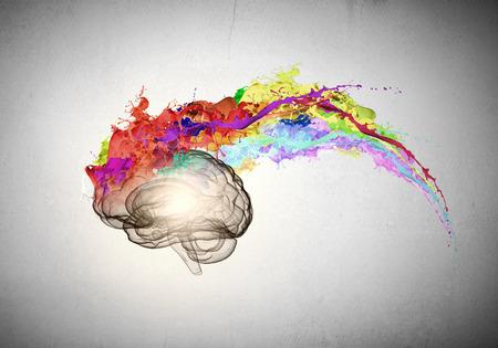 cerebro humano: Imagen conceptual del cerebro humano en salpicaduras de colores Foto de archivo