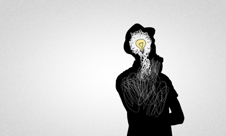 pensamiento creativo: Negro silueta dibujada del hombre sobre fondo blanco