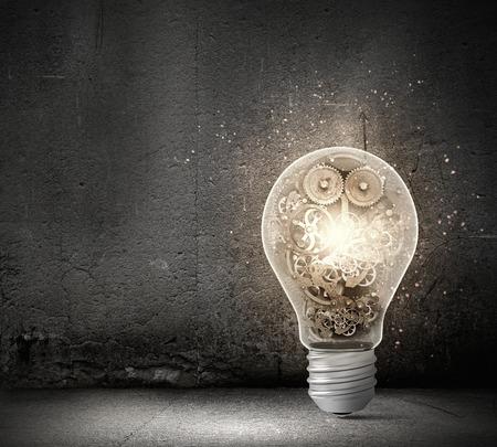 内部のギア機構の電球のコンセプト