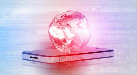 internet movil: El concepto de Internet m�vil con el tel�fono m�vil y el planeta digital. Foto de archivo