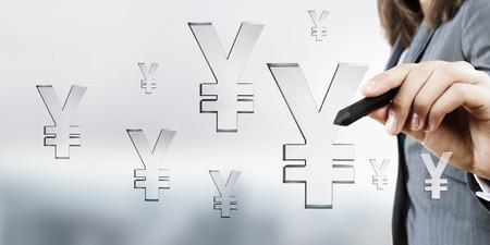 stylus: Businesswoman hand press with stylus yen icon on screen