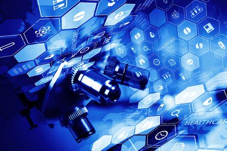 Sfondo medico o la scienza digitale chimica con il microscopio