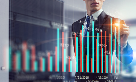 Close view of businessman drawing on screen market infographs Imagens