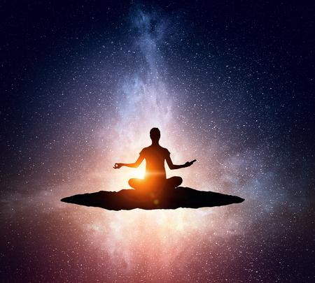 Yoga como terapia f Imagens