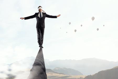 危険とそれを行う決定