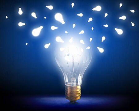Bright idea for success 版權商用圖片