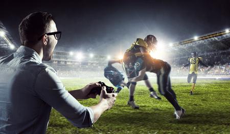 Experience the reality of game. Mixed media 版權商用圖片
