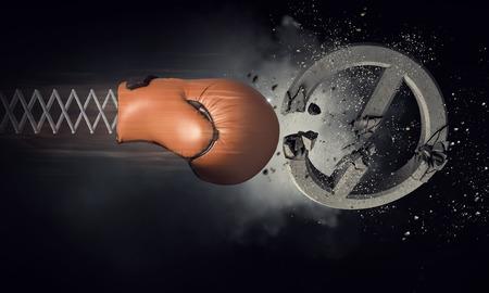 ボクシング グローブの驚き。ミクスト メディア 写真素材 - 82818969