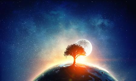 Erath-Planet im Raum. Elemente dieses Bildes werden von der NASA eingerichtet Standard-Bild - 83422162