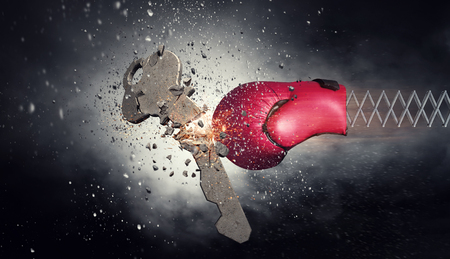 ボクシング グローブの驚き。ミクスト メディア 写真素材 - 83612615