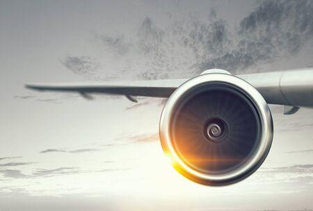 Dicht van vliegtuig in de lucht. Gemengde media Stockfoto - 84626472