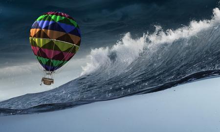 Ballon à air dans la tempête Banque d'images - 88722912