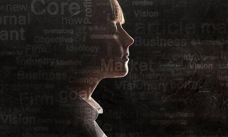Heldere ideeën in haar hoofd Stockfoto