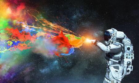 Spaceman e la sua missione. Supporti misti