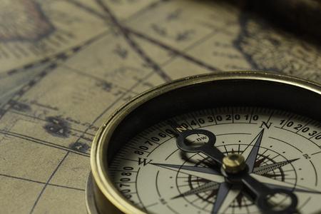 旅行や古地図とコンパスそれ発見の概念 写真素材