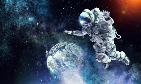 宇宙ミッションの宇宙飛行士 写真素材
