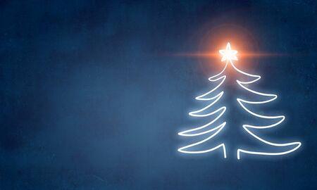 파란색 배경에 그려진 재미있는 크리스마스 트리