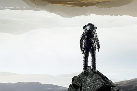 우주 비행사의 우주 탐험가. 혼합 매체