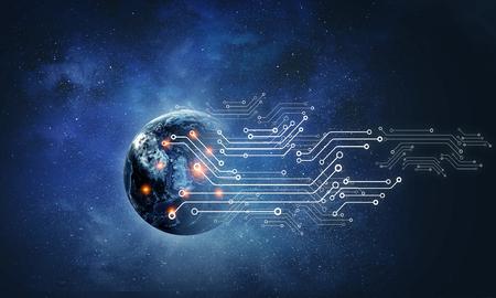 Placa de circuito futurista abstracta y fondo espacial. Los elementos de esta imagen son proporcionados por la NASA.
