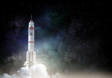 Raketenraumschiff. Gemischte Medien Standard-Bild