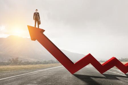 Su progreso y éxito. Técnica mixta