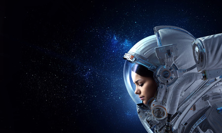 Attractive woman in spacesuit 免版税图像 - 114246512