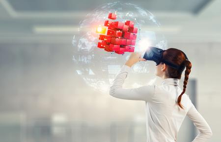 Experimentar el mundo de la tecnología virtual. Técnica mixta
