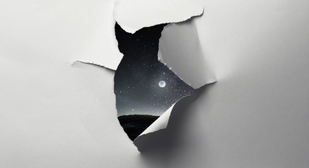 Effect of torn paper hole in the wall Stockfoto