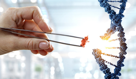Projekt cząsteczki DNA z kobiecej ręki trzymającej szczypce. Różne środki przekazu
