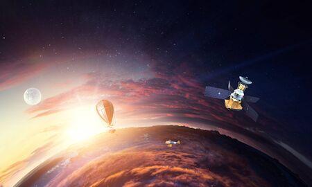 Deep space beauty. Planet orbit. Foto de archivo