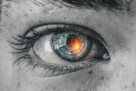 Concept abstrait d'oeil de haute technologie