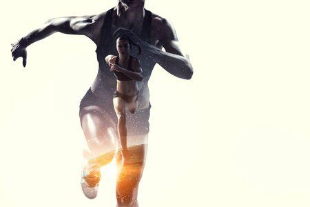 Concetto astratto di correre giovane sportiva