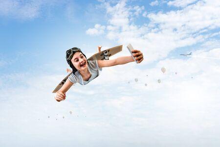 Fliegen Sie mit selbstgebautem Flugzeugflügel