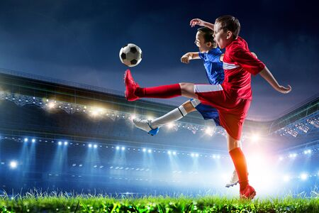 Kleine Fußballmeister. Gemischte Medien