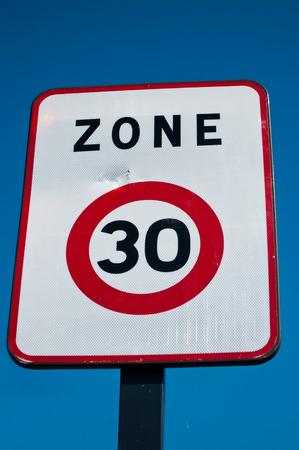 30: Zone 30 limitated indicate panel