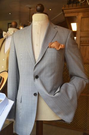 men fashion in a store Banque d'images